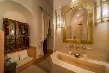 gisele-larger-bedroom