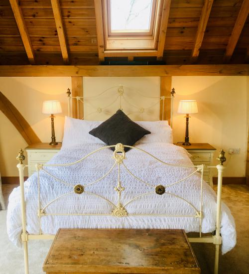 Balcony Room -Double room-Traditional-Ensuite with Shower-Balcony