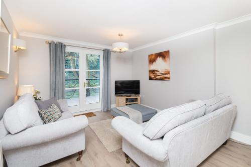 Luxury Apartment - Kingsgate
