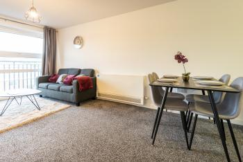 Bootle Dream Home - Free Parking - Fast Wifi! -25 - our cosy living area