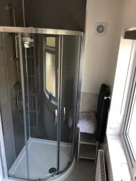 En-suite Bathroom (King/Twin Room)