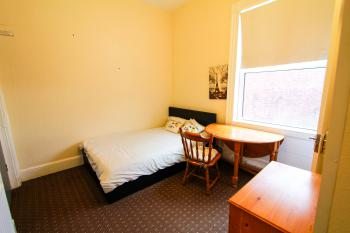 Central Bolton Accommodation -