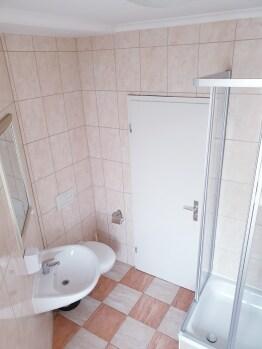 Zweibettzimmer-Standard-Gemeinsames Badezimmer - Standardpreis