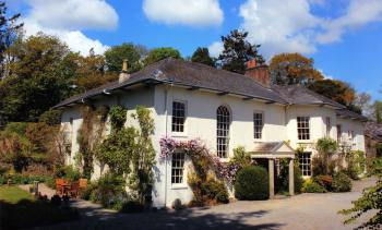 Sandhill House Country Retreat - The enchanting Georgian house, with a much, much longer history