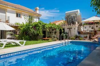 Casa vacaciones con piscina para grupo