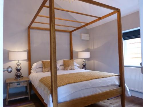 Little Lodge Bedroom