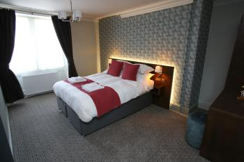 Queens Head - Kingsize Room