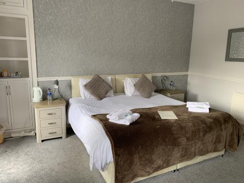 Double room-Large-Ensuite with Shower-Room 1 - Base Rate