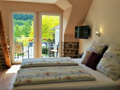 Dreibettzimmer-Komfort-Eigenes Badezimmer-Balkon - Base Rate