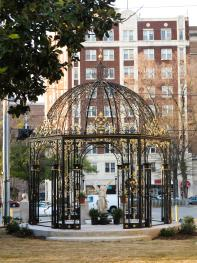 HASSINGER DANIELS MANSION BB Garden Wedding Gazebo