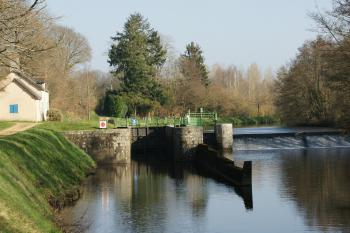 Le Canal de Nantes à Brest Crédit Photo Marcel Gloannec