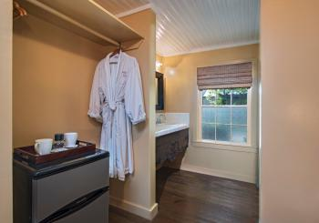 Ferguson Room Bath