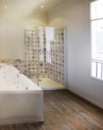 Chambre avec bain balnéothérapie