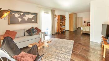 Ferienwohnung-Apartment-Eigenes Badezimmer-Terrasse-Rochter Quartier