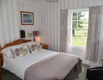 Standard-Double room-Ensuite with Bath-Countryside view