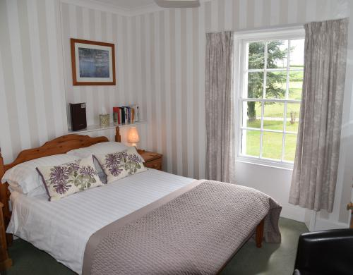 Standard-Double room-Ensuite with Bath-Countryside view - Base Rate