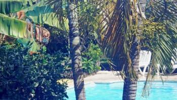Vue sur piscine de la terrasse Tetiaroa