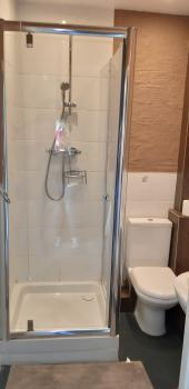 Single-Ensuite with Shower