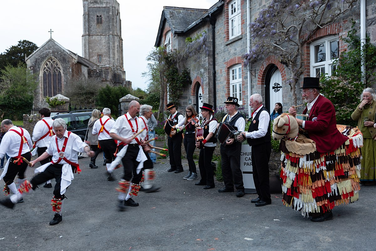 Dartington Morris Men - 8pm Friday 7th June