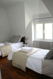 Chambre 5 avec 2 lits