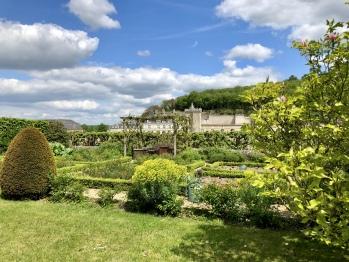 jardin potagé, vue sur le château