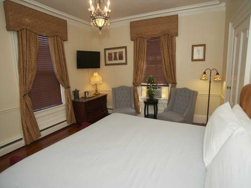 The Inn 7 King Jacuzzi (n-Double room-Ensuite-Standard - Base Rate