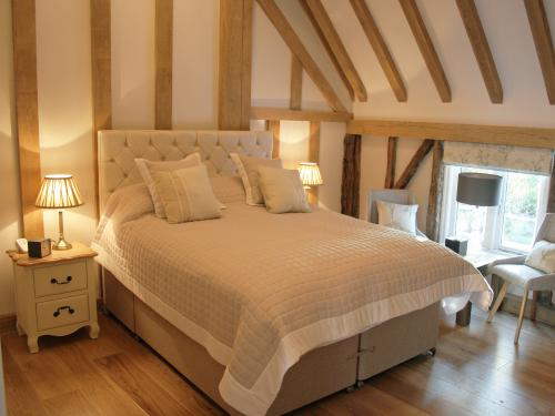 The Drage or Brand Room | Bed & Breakfast