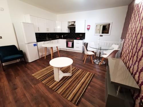 Euston Superior Apartment Sleep up to 8