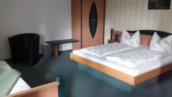 Dreibettzimmer-Komfort-Eigenes Badezimmer - Standardpreis