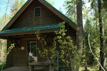 Brickyard Cottage #20-Cottage-Private Bathroom-Woodland view - Base Rate