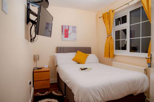 Double room-Deluxe-Shared Bathroom-Street View