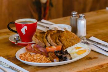 The Fitzrovia Belle Hotel - freshly cooked breakfast to order