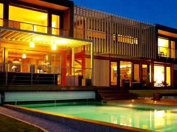 Villa Lascaux by night