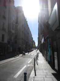 Studio-en Ville-Douche-Vue sur la cour-Étage N°1 - Tarif de base
