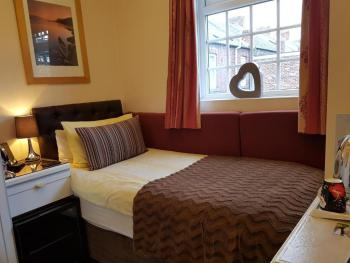Single room-Ensuite-Small