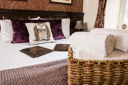 Double room-Superior-Ensuite-Disabled access (Shower) - Base Rate