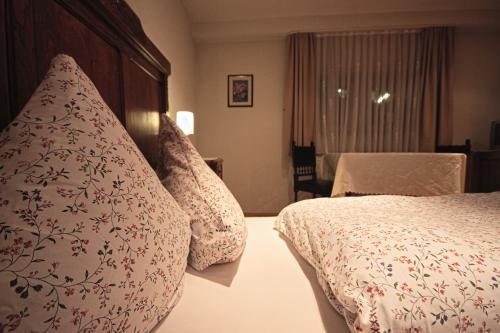 Vierbettzimmer-Klassisch-Eigenes Badezimmer