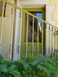 Entrée séparée avec balcon