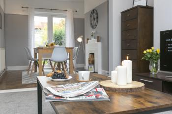 Ruby House - Bournemouth - Living room - Smart TV/Netflix/Fast Wifi