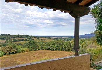 Vue panoramique du balcon LE NID