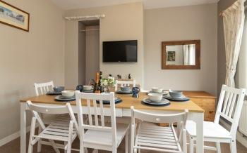 Dining Room - seats 8