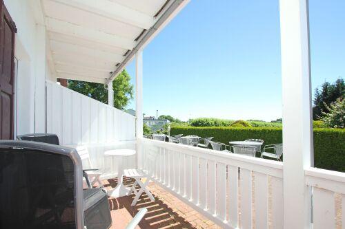 Ferienwohnung-Modern-Eigenes Badezimmer-Terrasse-WG2 - Basistarif