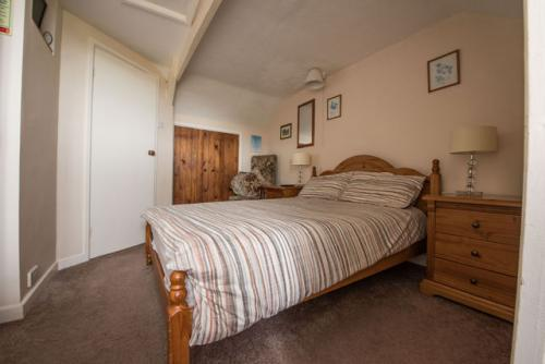 Family room-Ensuite-3 People - Base Rate