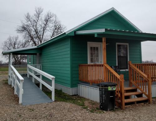 Stand Alone Shot Gun House 2 Bedroom Trudy's