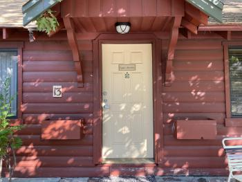 2 Bedroom Cabin with Kitchen & Fireplace at Cozy Hollow 13 -