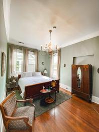 Marietta-King-Private Bathroom-Street View - Base Rate