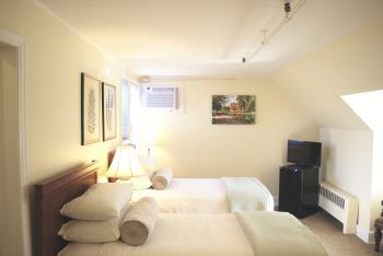 Double room-Deluxe-Ensuite with Bath-Room 12