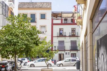 Dúplex-Baño Privado-Terraza-Castilla III