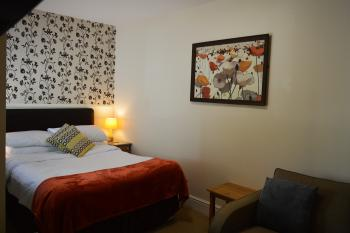 Double room-Budget-Ensuite-City View-Comfort (Budget) Double - Base Rate
