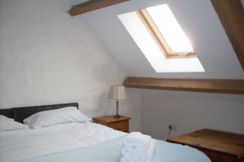 The Granary Apartment bedroom 1